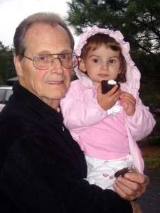 Richard Parry and his granddaughter at the Durkee employee reunion