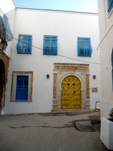 Brilliant color in the Medina of Tunis
